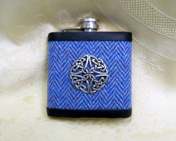 celtic-knot-haris-tweed-hip-flask-blue-herringbone