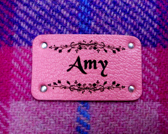 personalized-bridesmaids-gift-name-label-lixury-leather
