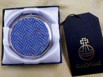 Blue-herringbone-harris-tweed-compact-mirror-tweedwithatwist-scotland