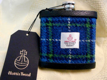 Harris-tweed-hip-flask-scottish-groomsmen-best-man-gift