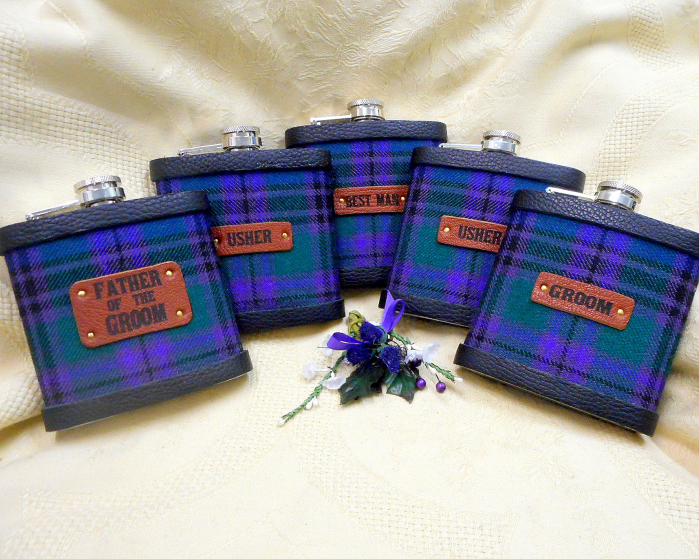 Spirit of Bannockburn tartan flasks