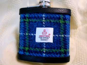 Harris Tweed hip flask in blue white and green plaid , made in Scotland, Scottish gift for best man, usher, groomsman, birthday or christmas