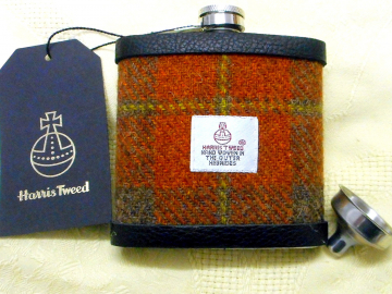Harris Tweed hip flask russet brown green tartan luxury Scottish gift