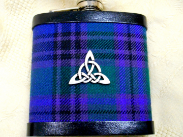 Tartan hip flask with celtic knot triquetra  in Spirit of Bannockburn plaid Scottish gift