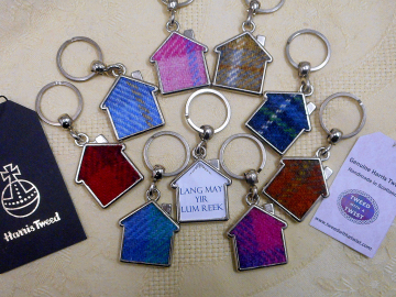 Scottish quote keyring, Harris Tweed key fob, housewarming gift or Wedding favour Lang may your lum reek, made in Scotland small gift